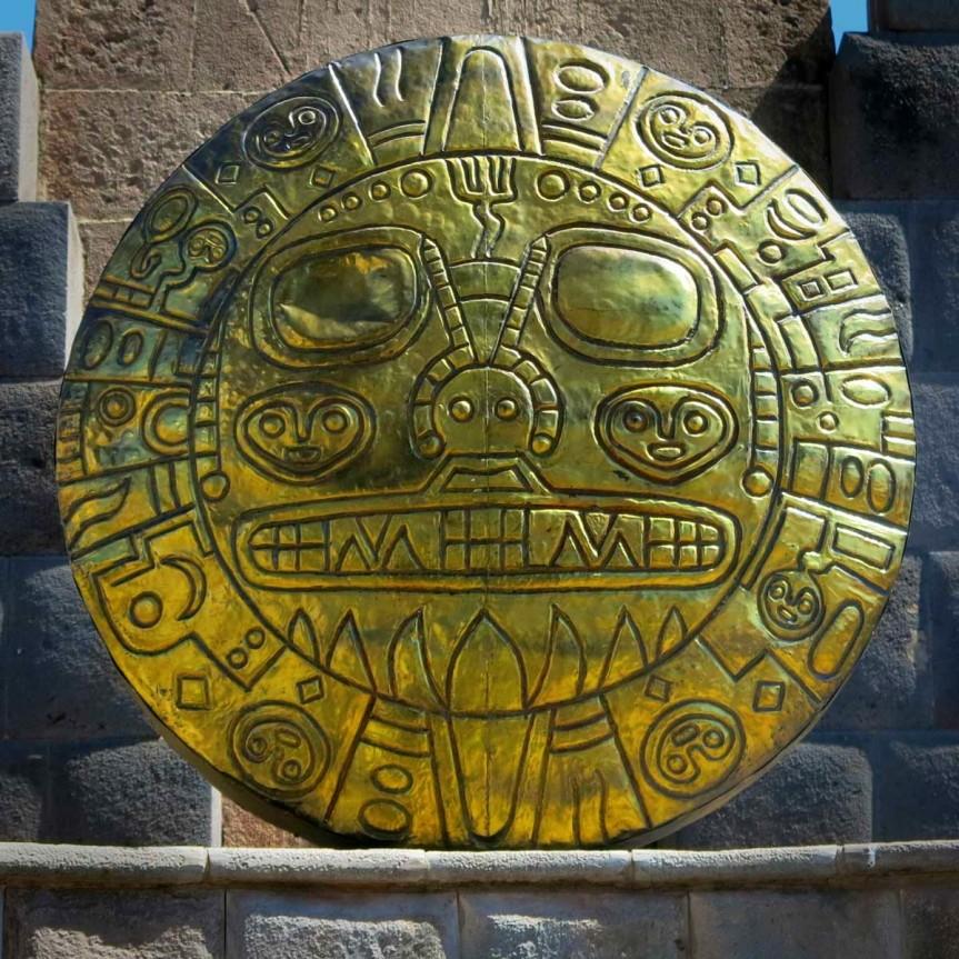 Réplique du disque solaire en Or des Incas, Cuzco.