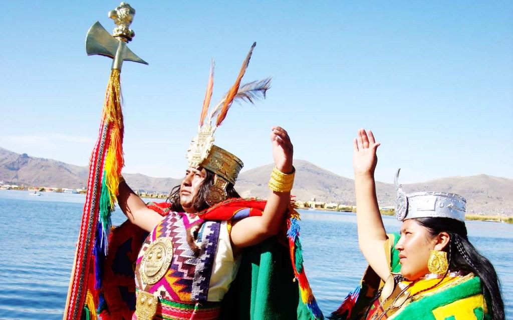 Inca Manco Cápac et sa soeur Mama Ocllo sortirent du lac Titicaca avec pour mission de civiliser le monde.