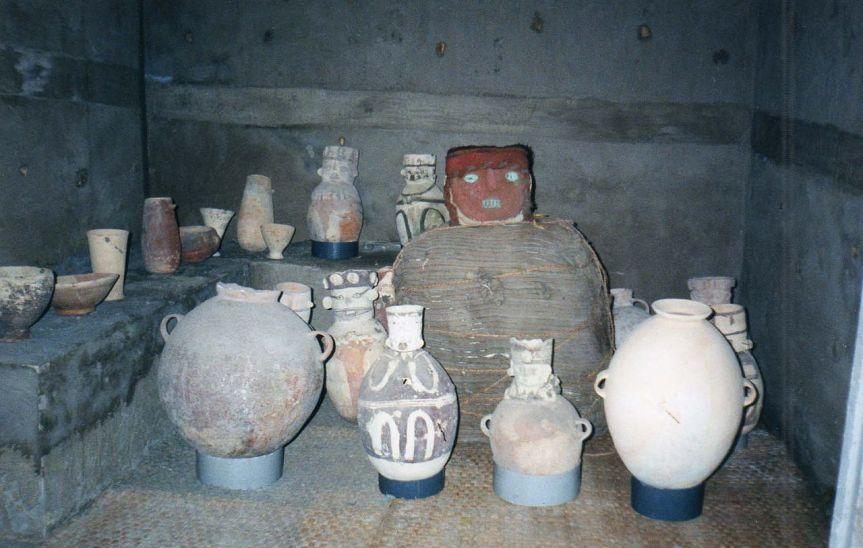 Pérou: Une tombe pré-inca découverte fortuitement pendant des travaux sur des installations de gaz àLima
