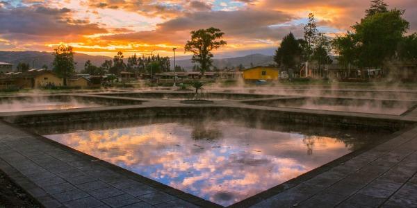 Voyage Pérou. Les bains de l'Inca.